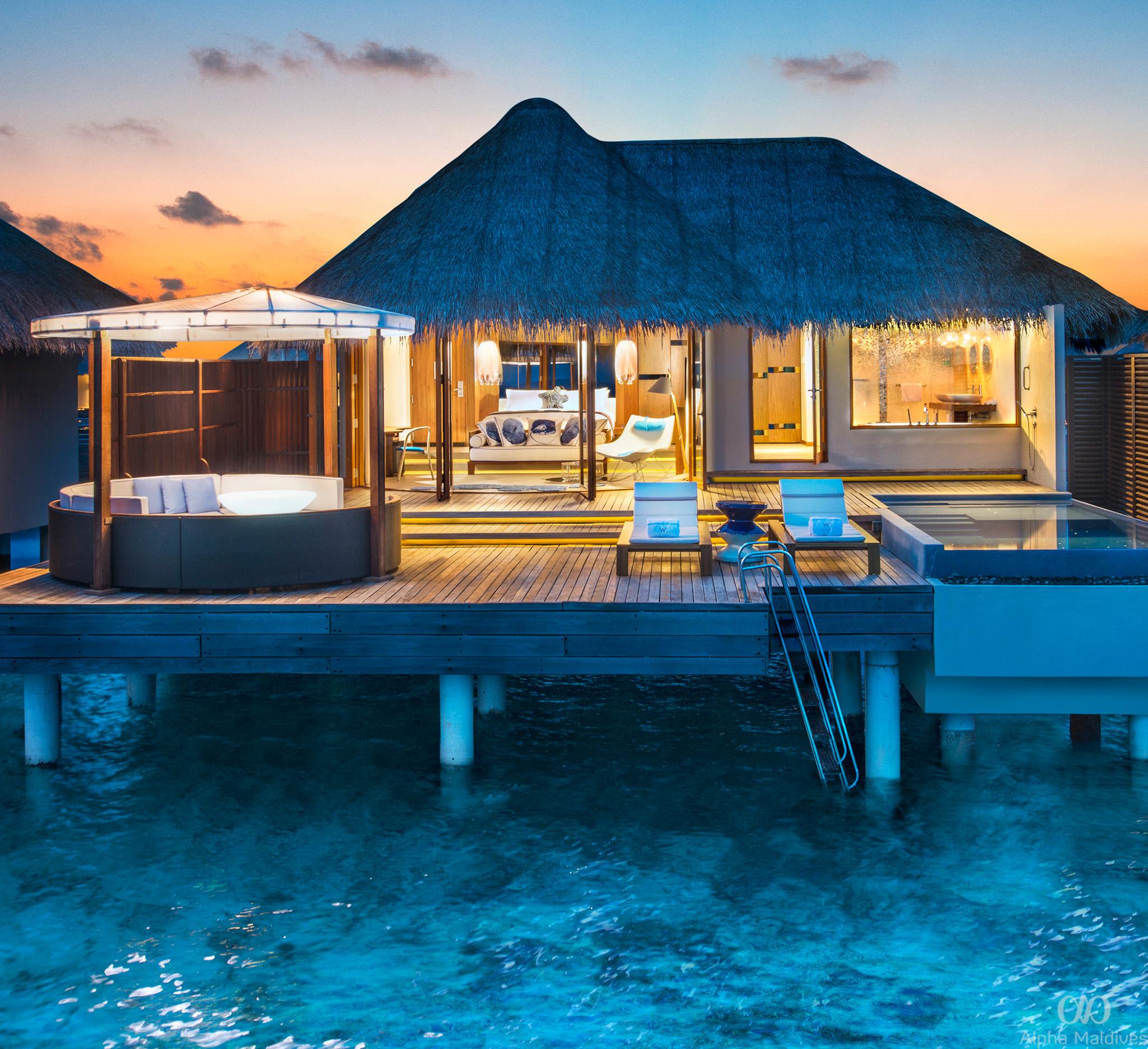 who1585gb-164835-Fabulous Lagoon Oasis Bathroom