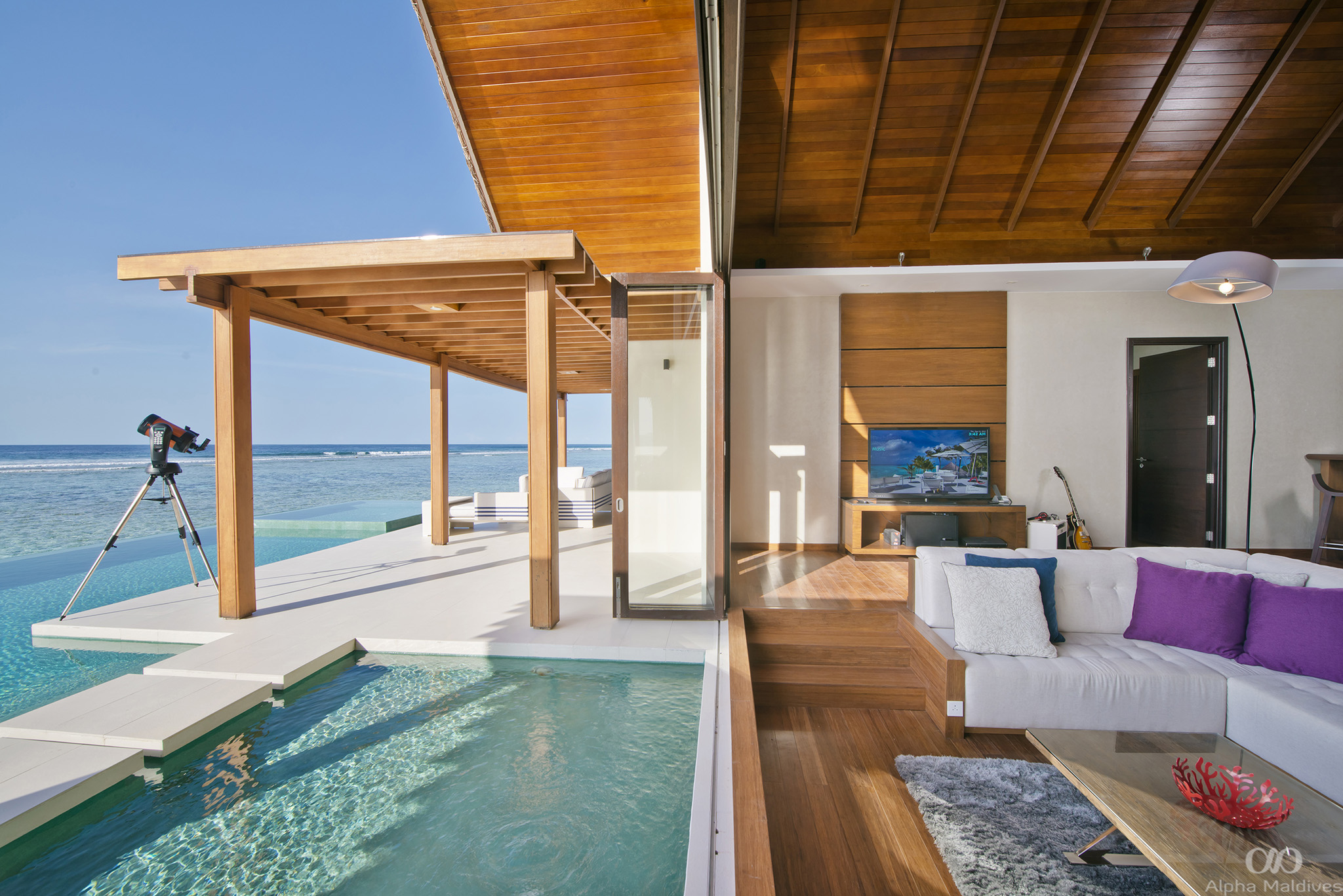 61508818-H1-Ocean_Pavilion_Two_Bedroom_with_Pool_-_Interior