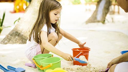 72308339-H1-PNIY_Explorers_Sand_Kids_02_G_A_L